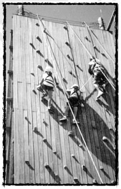 STUDENTS ON CLIMBINB WALL
